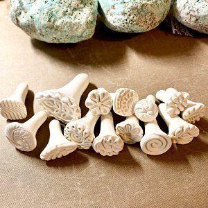 Handgefertigte Ton Briefmarken für Keramik, Polymer, PMC, Fondant und vieles mehr... Clay, Werkzeuge, Keramik-Textur-Werkzeug - * Bitte lesen Sie die Artikelbeschreibung