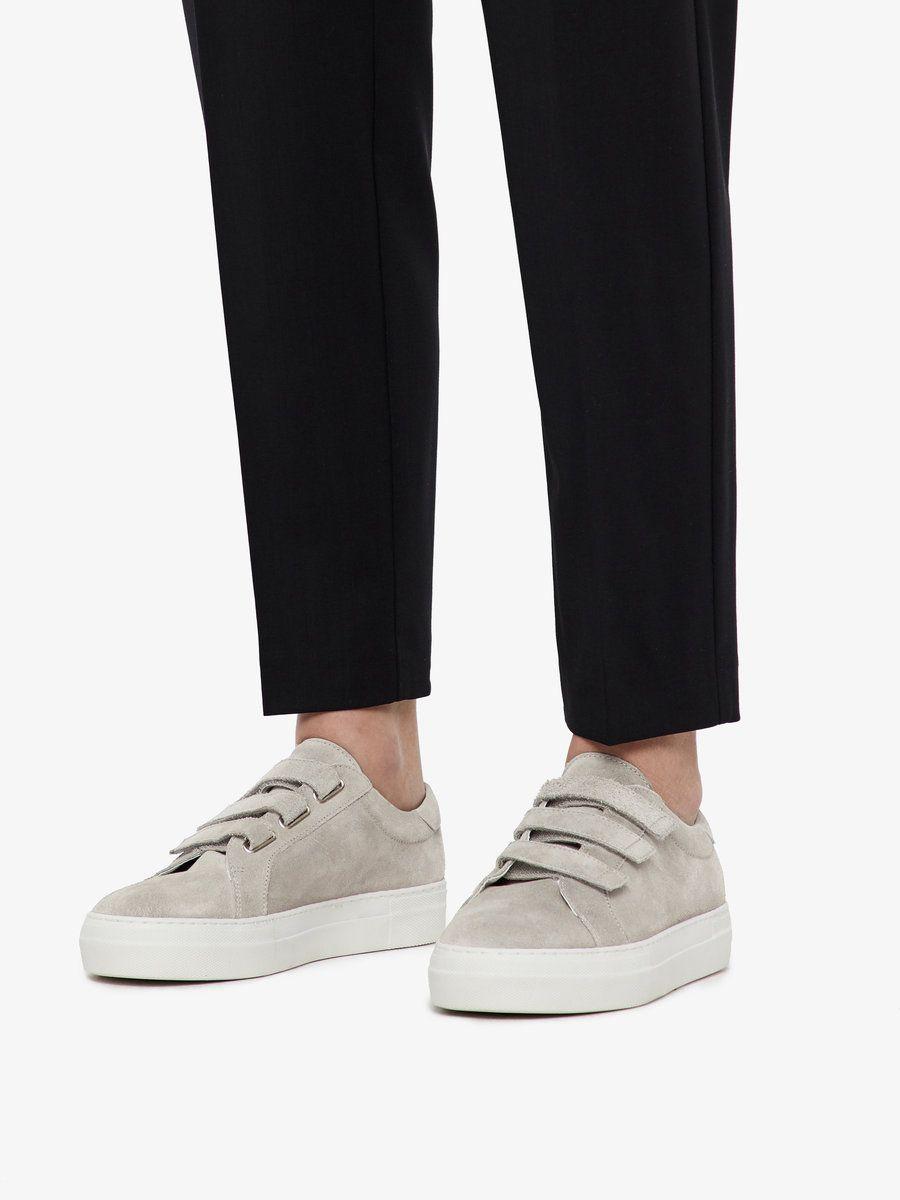 skor med kardborreknäppning för vuxna