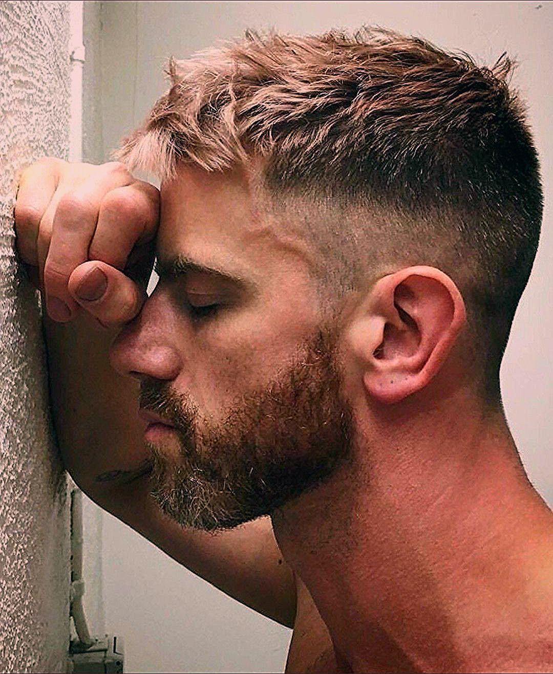 Photo of Men's haircut