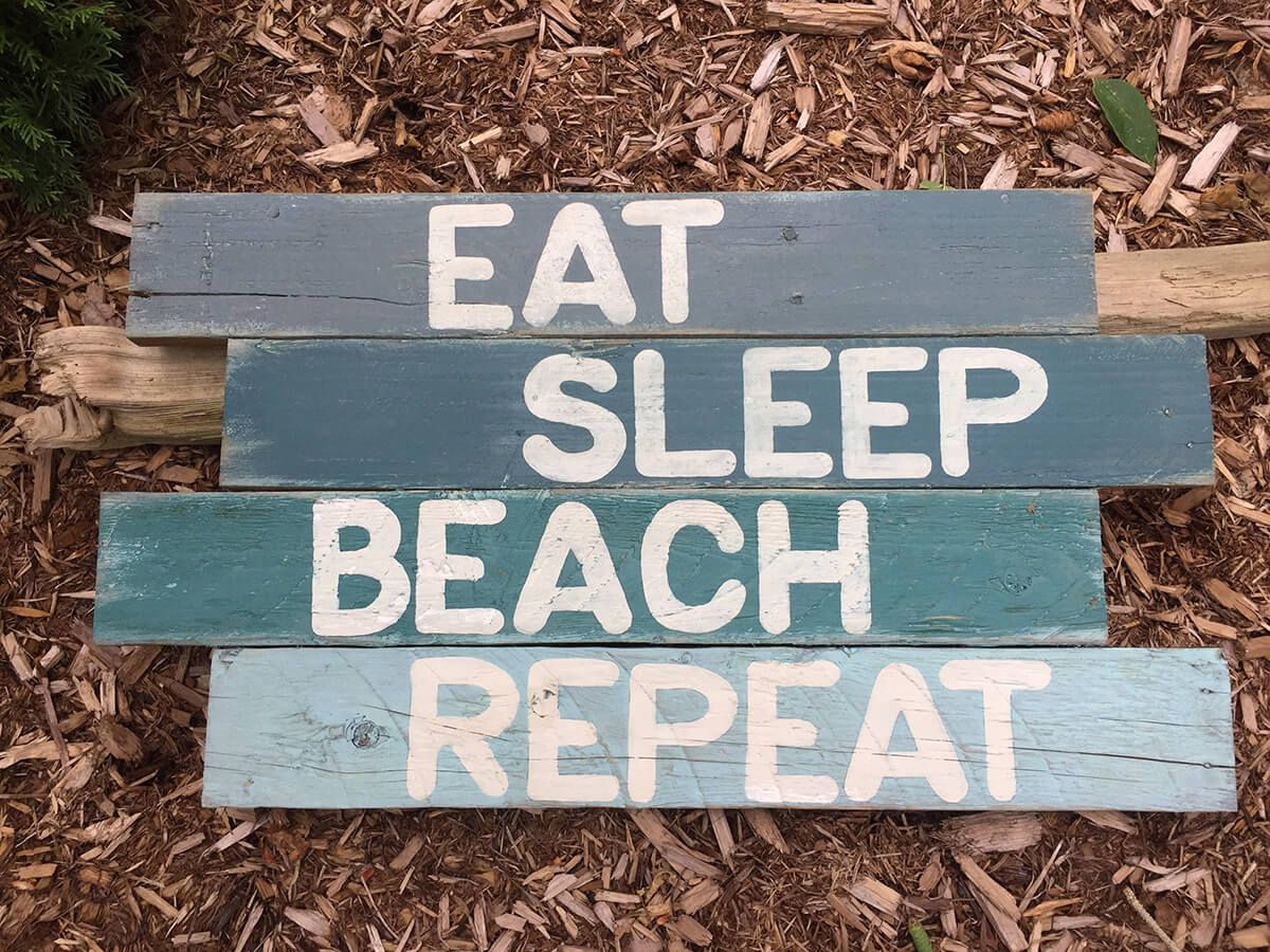 27 Cool Beach Themed Wooden Signs To Give You A Seaside Feeling Beach Signs Wooden Beach Signs Vintage Beach Signs