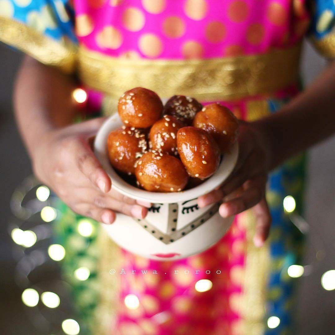 ســـــــؤال اليوم وش أفضل حلا بالنسبة لكم ㅤ By Arwa Roroo ㅤ 1 لترشيحها كصورة الاسبوع بتعليق منفصل 10 2 التقييم مـن 5 ـــ Pretzel Bites Food Desserts