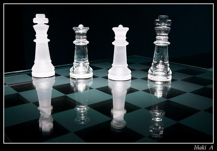 ajedrez cristal swarovski - Buscar con Google
