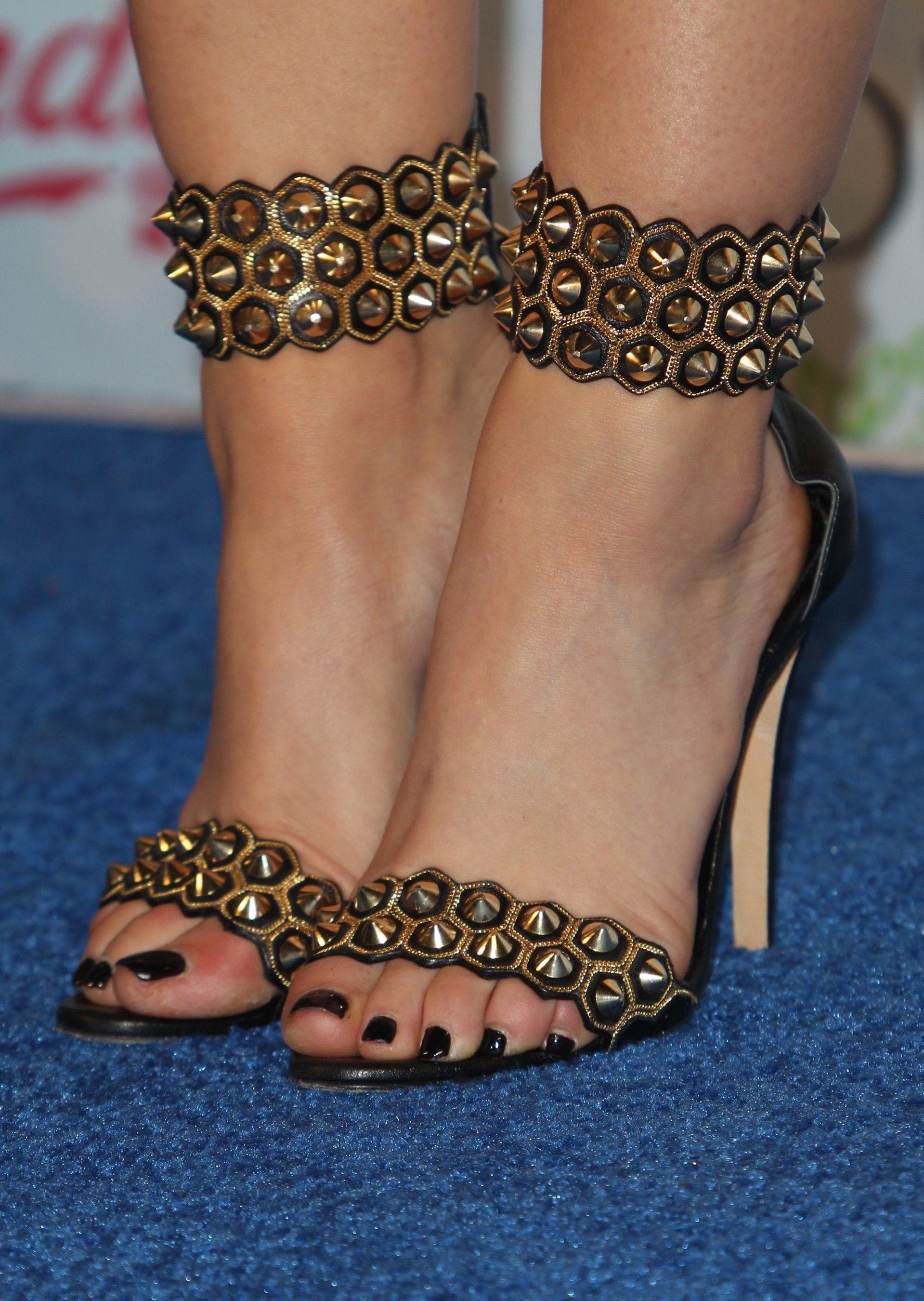 Lucy Hale S Feet Wikifeet Brian Atwood Heels Brian Atwood Heels