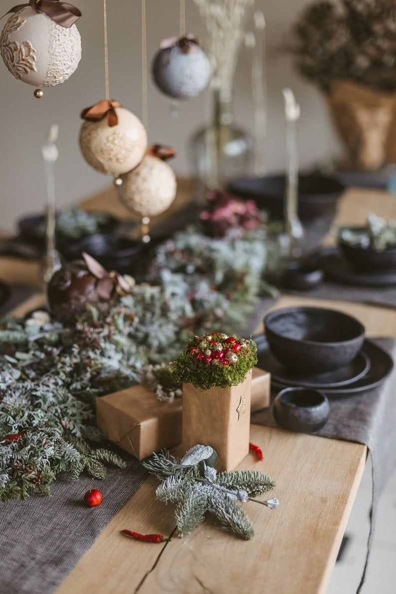 Black Linen Christmas Table Runner Rustic Wedding Table Runner Christmas Table Decor Table Runner For Holiday And Christmas Decorations Rustic Wedding Table Runners Christmas Table Decorations Christmas Placemats