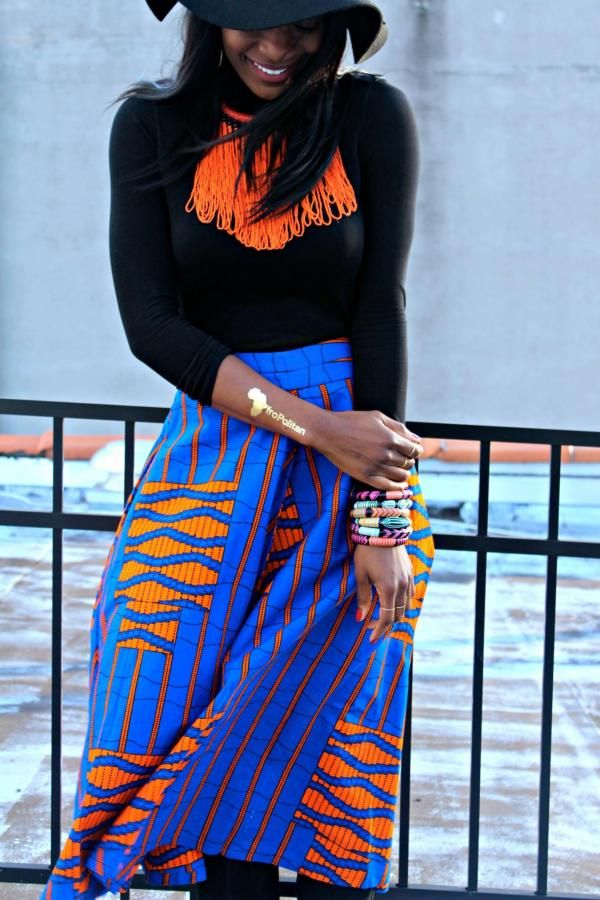 Like African prints but unsure how to wear or mix them? This print mixing manual will teach you how to wear and combine prints in 4 easy steps.