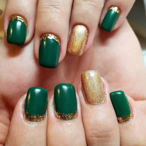 Emerald Green And Gold Design Green Nails Olive Nails Green Nail Designs