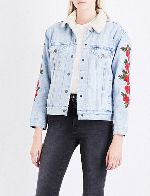 92e4164dca631 LEVI'S Ex-Boyfriend floral-embroidered denim sherpa trucker jacket ...