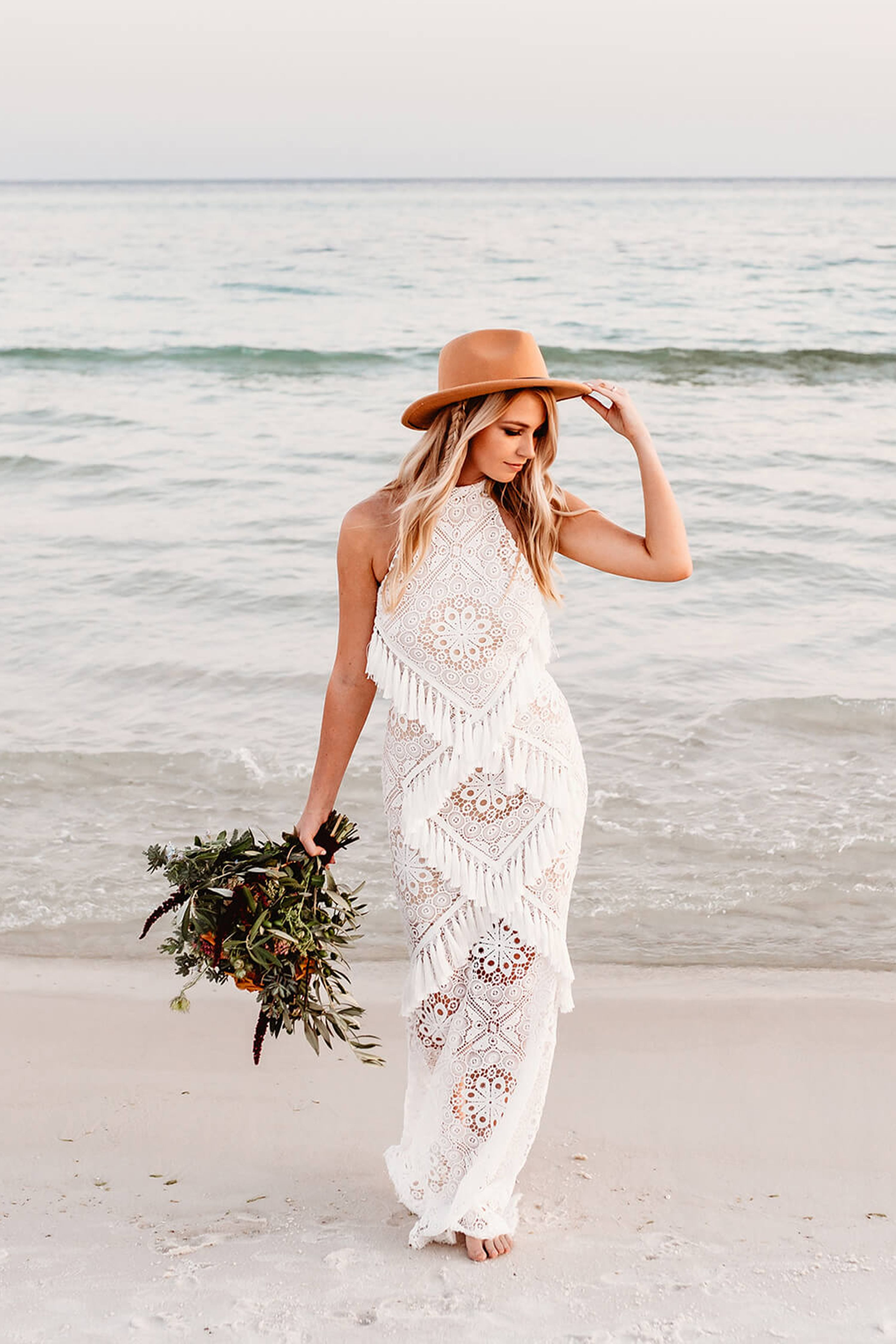 Beach elopement on the beautiful sands of northwest