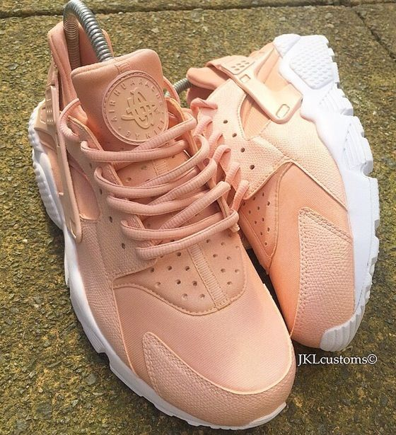 buy online 0b5a6 59077 Rose Gold Nike Huarache by Jklcustoms 😘 head over to our website