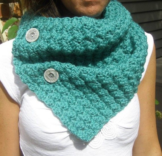 Crochet Cowl Neckwarmer Scarf in TEAL with Buttons - Bamboo Wool Blend - Christmas Gift #golasdetrico