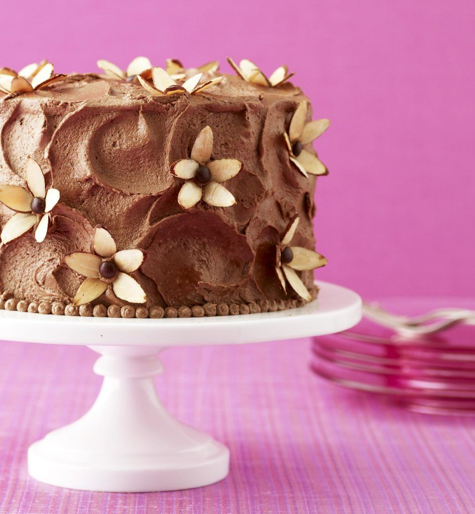 Almond Flower Cake | Good Food | Pinterest | Almond flower, Almonds ...