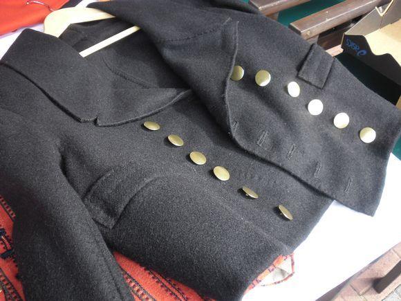Etelä-Pohjanmaan puvun miehen takki.