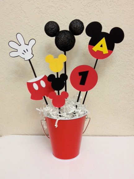 Centro de mesa cumplea os mickey mouse o baby shower for Mesa de cumpleanos de mickey