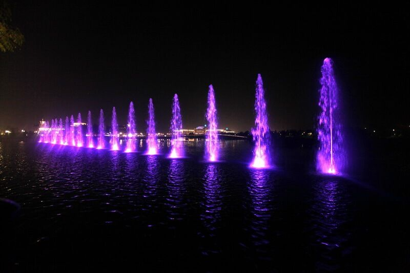 Shanghai disney fountain water features real