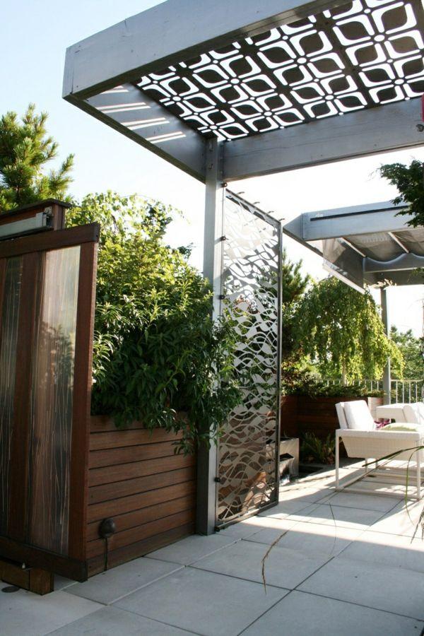 Hochwertig Pergola Aus Metall U2013 40 Inspirierende Beispiele Und Ideen   Pergola Metall  Gartenlaube Modern Fliesenboden Rattan Gartenmöbel
