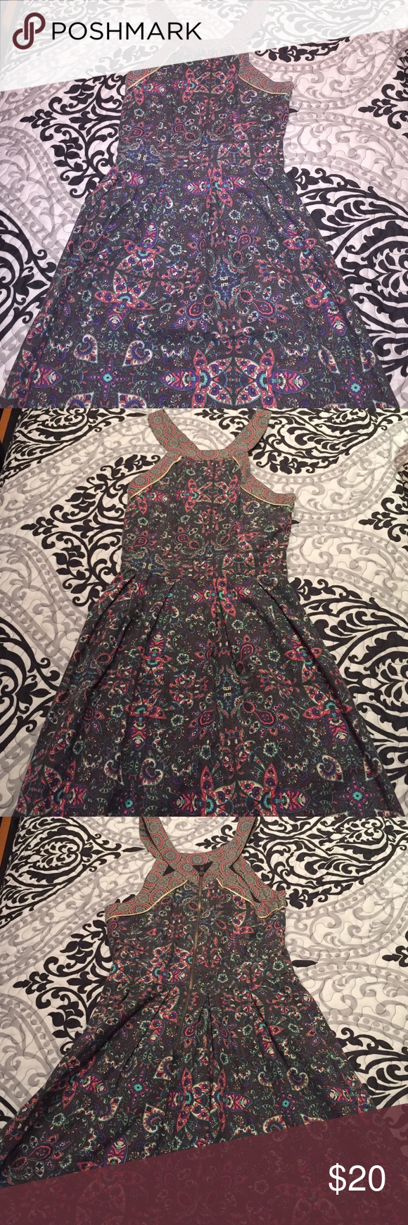 American Eagle Dress Worn twice American Eagle Outfitters Dresses Midi