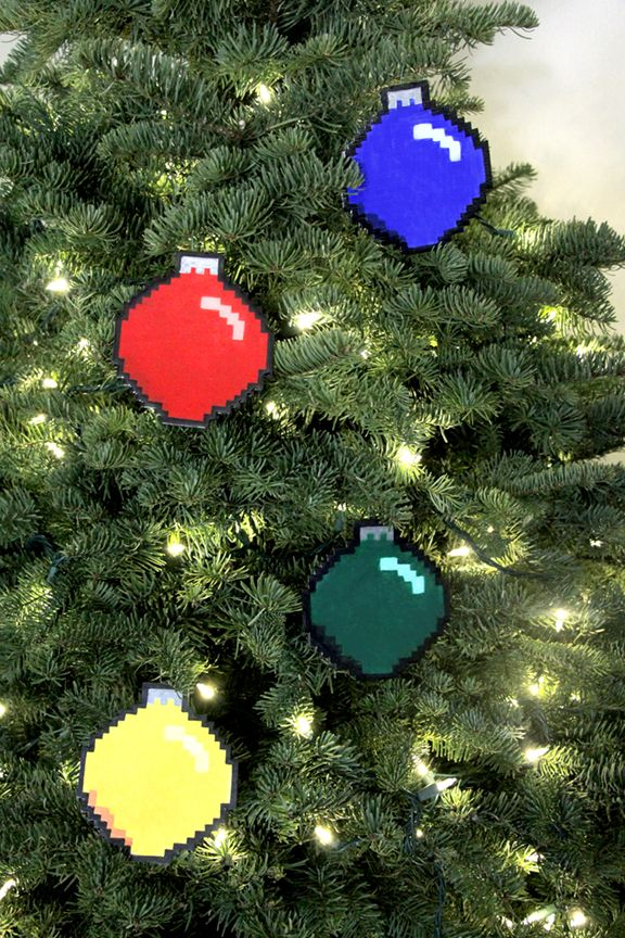 Geek Christmas Ornaments.Geek Holiday Diy 8 Bit Ornaments I Love These For