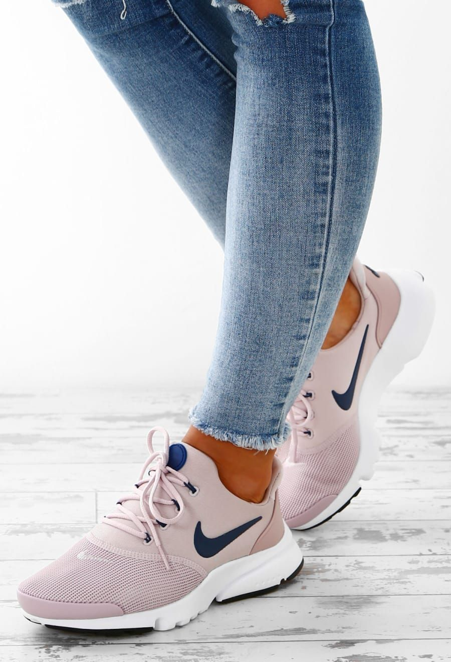 nike rose pink trainers