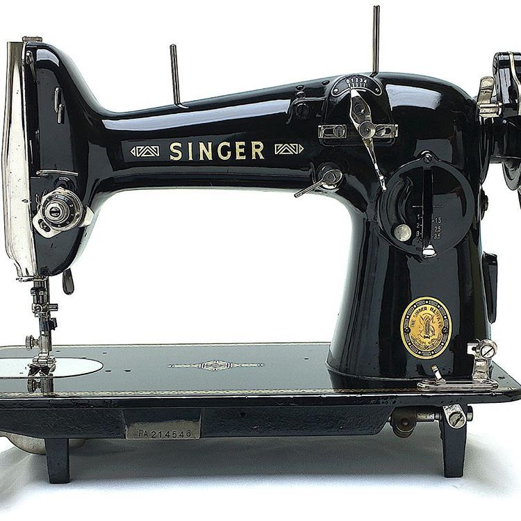Singer 216g Zigzag Sewing Machine A Piece Of Art In Full Cast Iron Body Sewing Machine Sewing Iron Body