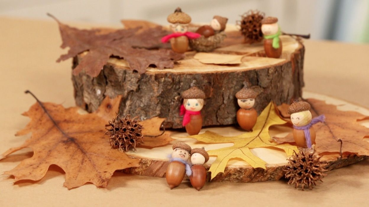 Handmade Acorn People How To At Martha Stewart Perfect For The Kids Table At Thanksgiving