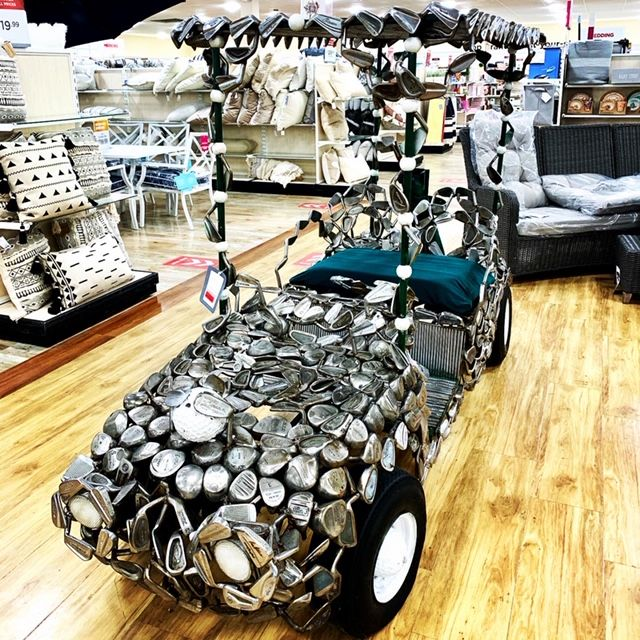 Ever seen a golf cart made from golf clubs? Me neither. Father's Day? 💜#homegoodsfinds #homegoods #homegoodshappy #homegoodsobsessed #shopping #shoppingaddict #decor #homedecor #golfer #golfdecoration #golfdecoration