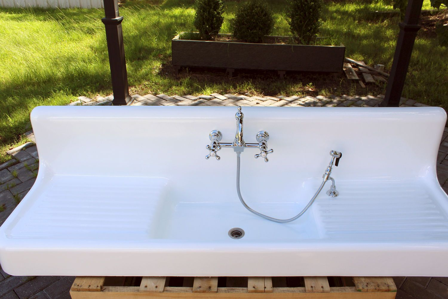 The Search For A Vintage Farmhouse Sink Sinks For Sale Kitchen