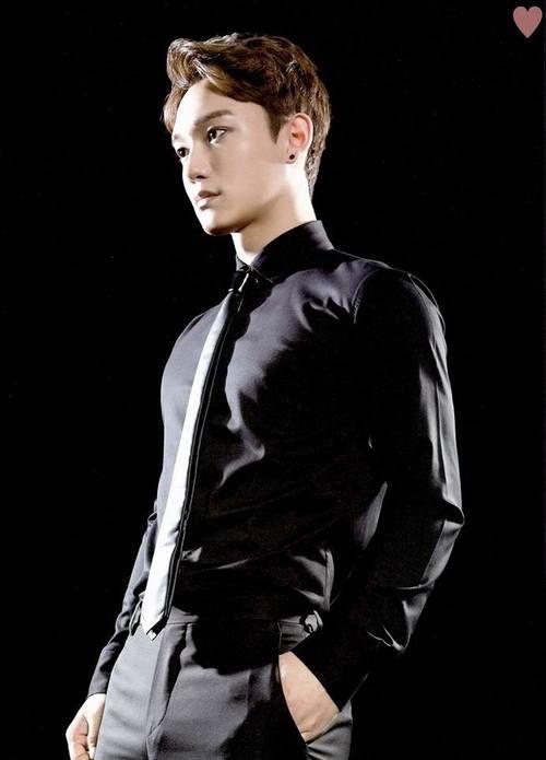 CHEN - EXO Official Goods Brochure