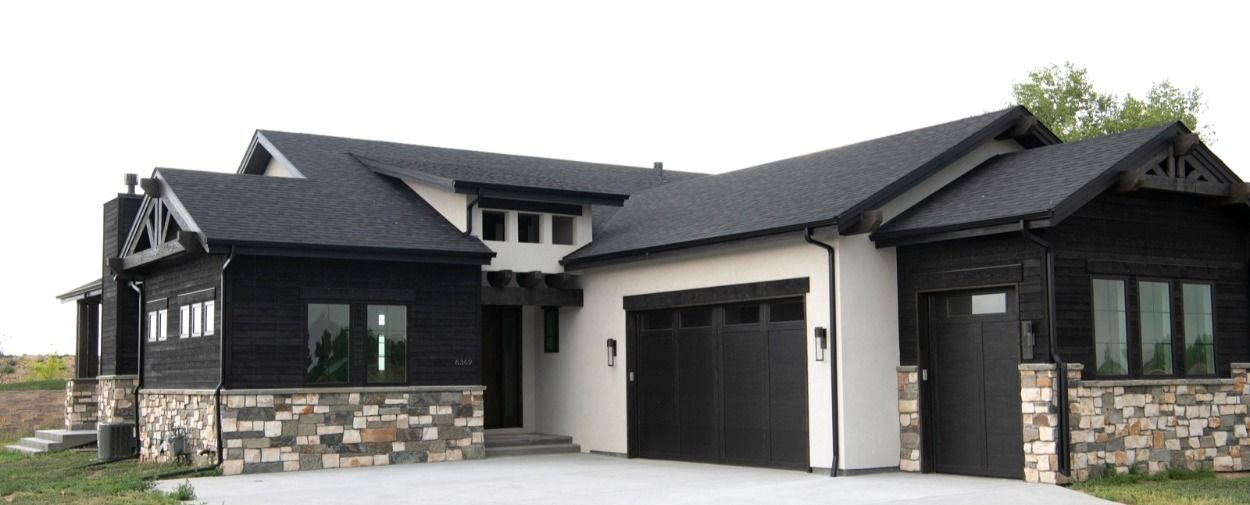 Mixed Siding Materials Featuring Aquafir Black Wood And Stucco House Exterior White Shiplap Siding