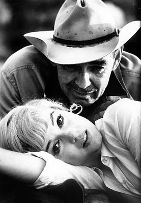 Clark Gable & Marilyn Monroe in The Misfits. ( The last  movie that either one of them did before they both died.)