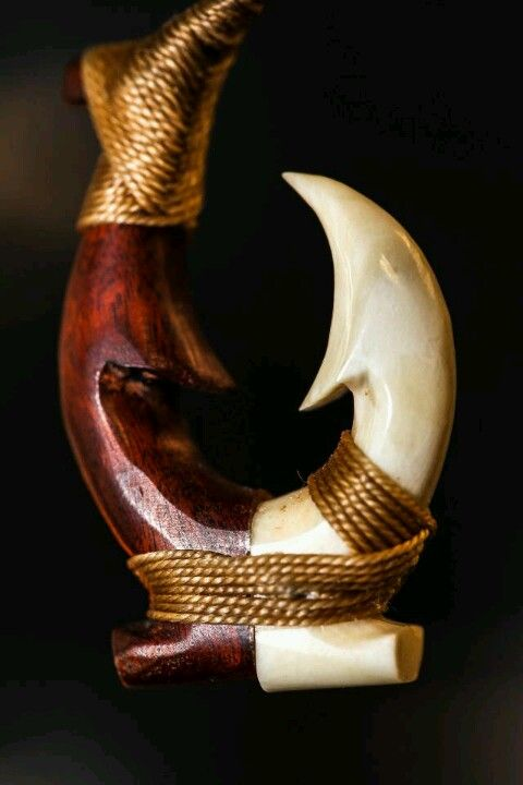 Hawaiian fish hook bone carving