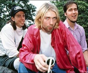 Kurt Cobain Nirvana Rare Pictures and Photos! Old, hard-to-find pictures!