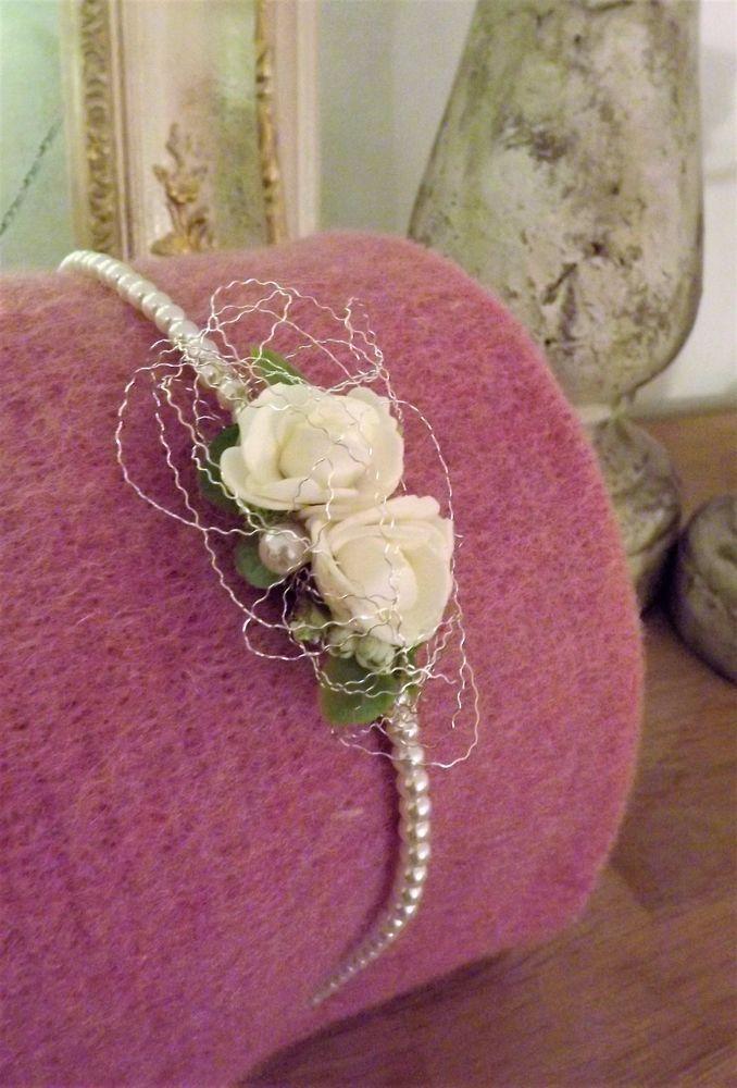Blumen Haarreif Haarschmuck Kopfschmuck Creme Grun Zur Hochzeit