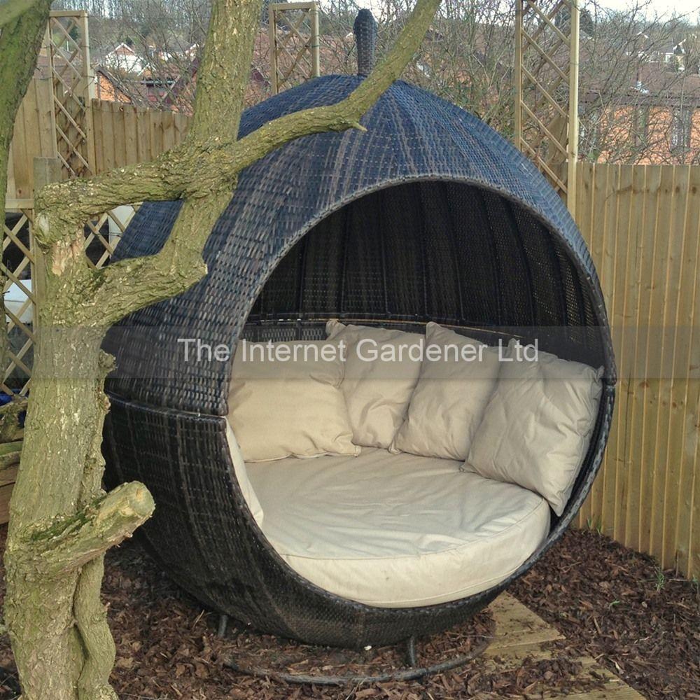 Maze Rattan Apple Day Bed Internet Gardener Outdoor Daybed Garden Pods Maze Rattan