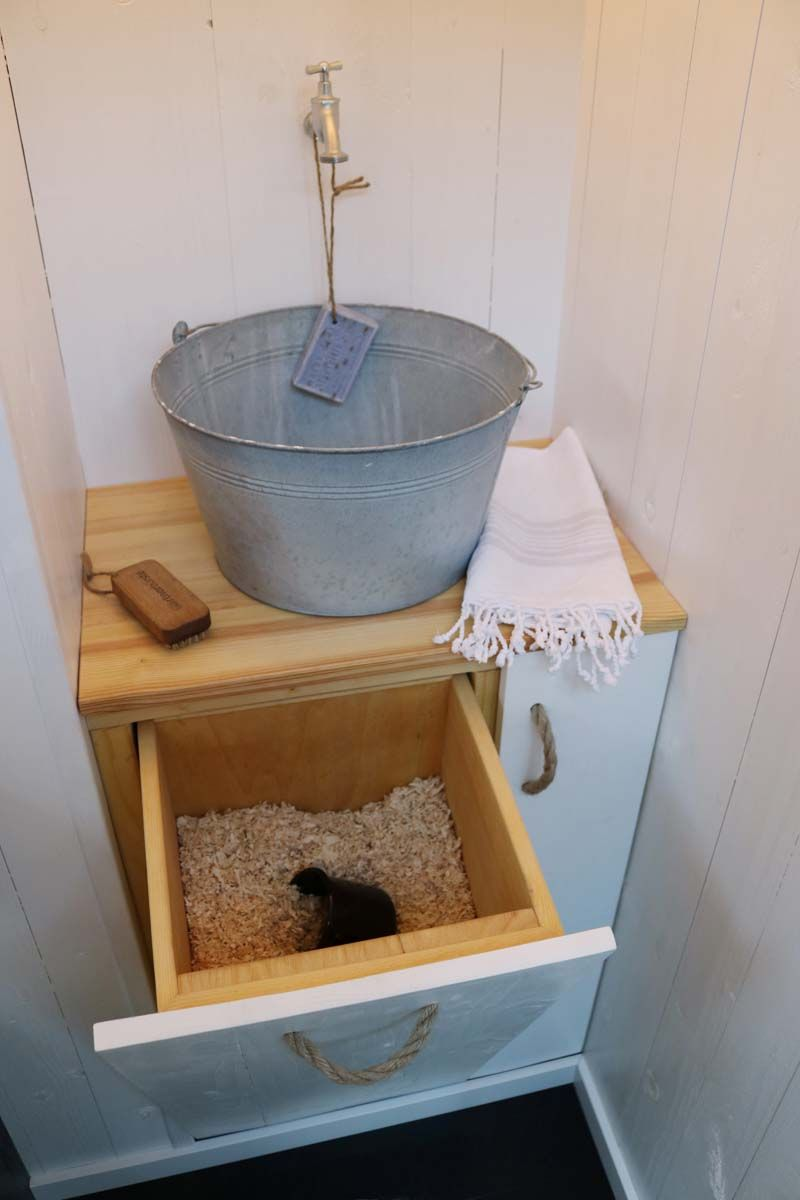 Unsere Toilette Im Schrebergarten Frau Meise Garten Gartentoilette Waschbecken Garten