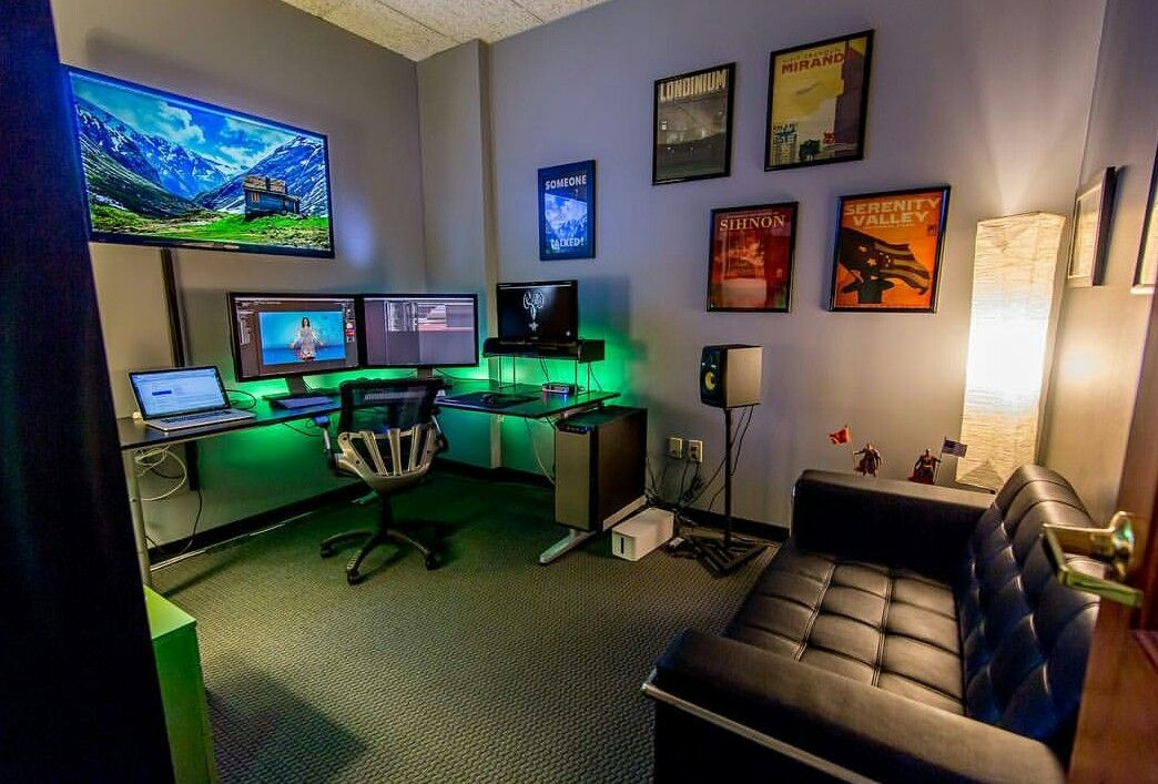 Pin By Dana Geekygamingstuff Com On Home Office Inspirations Small Game Rooms Gaming Room Setup Room Setup