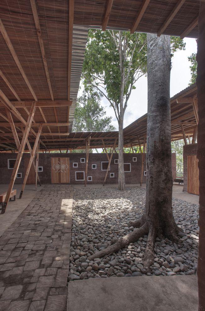 Sungai Penuh, Kerinchi, Sumatra, Indonesia Cassia Coop Training Centre TYIN tegnestue Architects