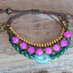 A13069 fine leather bracelet with turquoise