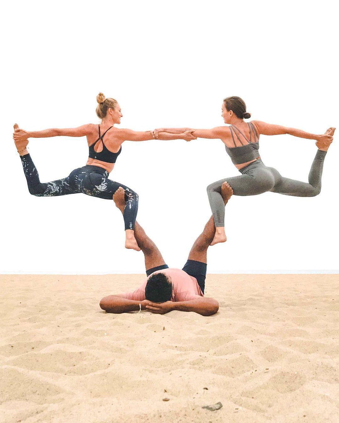 Yoga tank tops Gratitude
