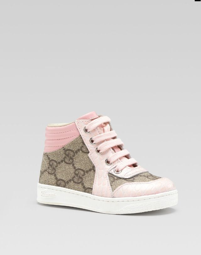 82c2c3bac9e Baby girl Gucci shoes aww!