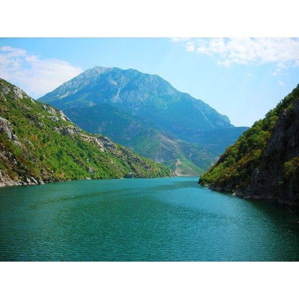 TrekEarth | FIERZE Photo albania lake ❤ liked on Polyvore featuring backgrounds, lake, pictures and scenery