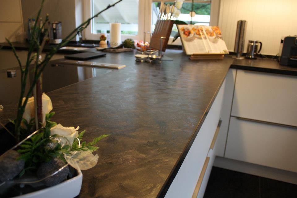 Eine Arbeitsplatte aus Naturstein ist ein Highlight für Ihre Küche.  www.winzer-n...  Wir sind Ihr Partner für #Naturstein #Küchen #design #interieurs #architecture #Leipzig #Sachsen #steinmetz