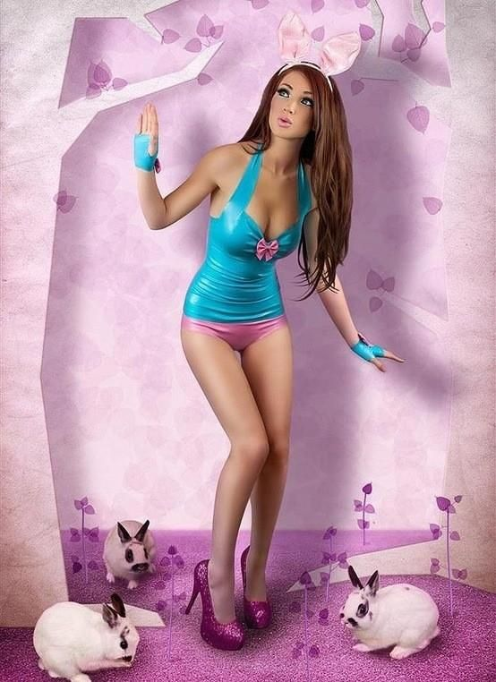 Bunny girl fetish, cricketar woman seax photos