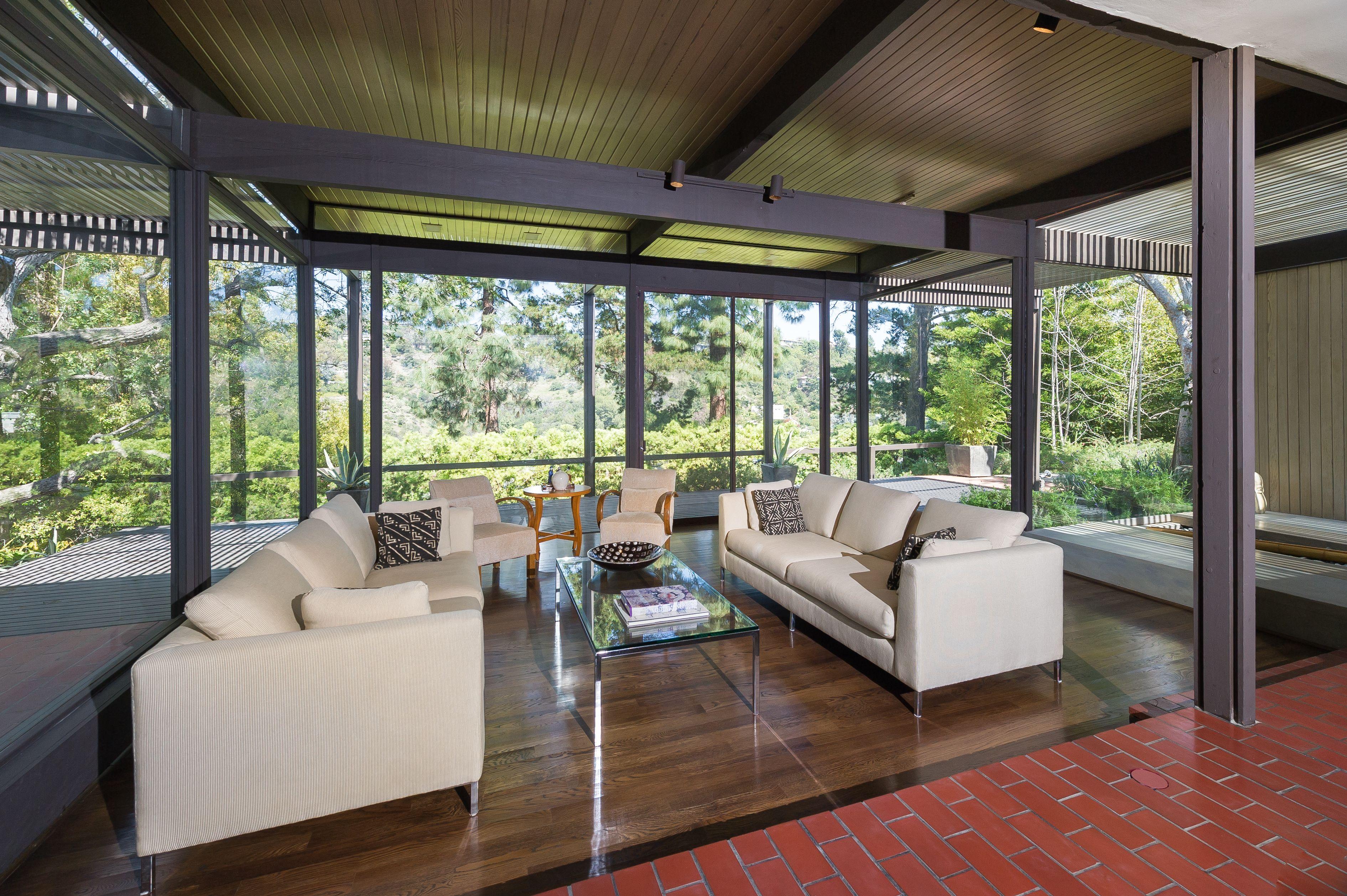 360degree views from this living room at 936 Kenter Way