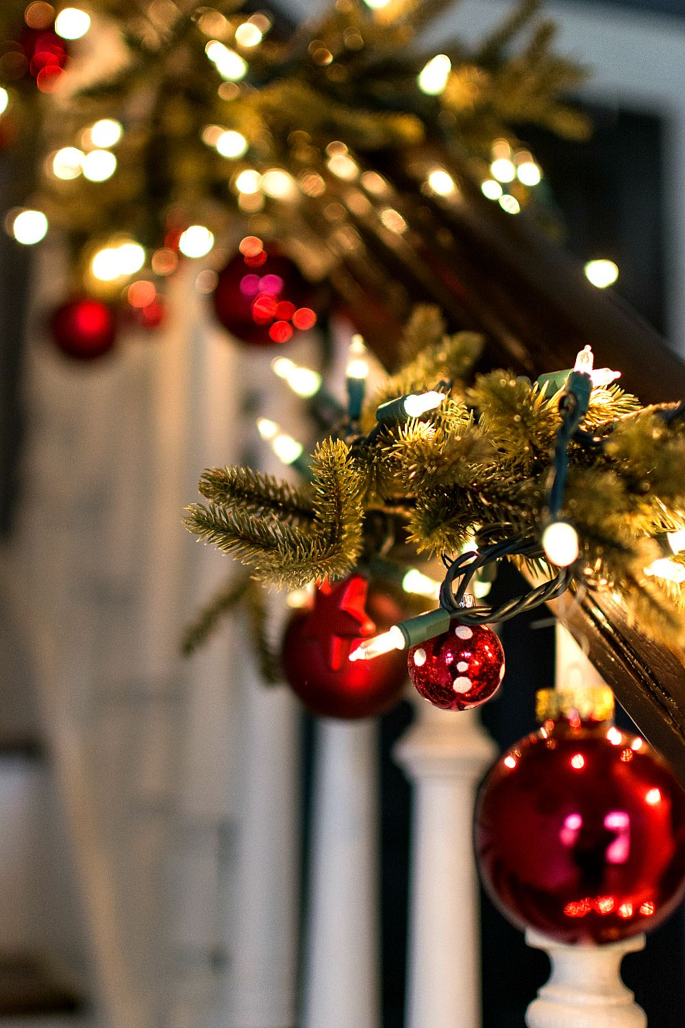 Decorating Garland With Ornaments Christmas Dreaming Christmas