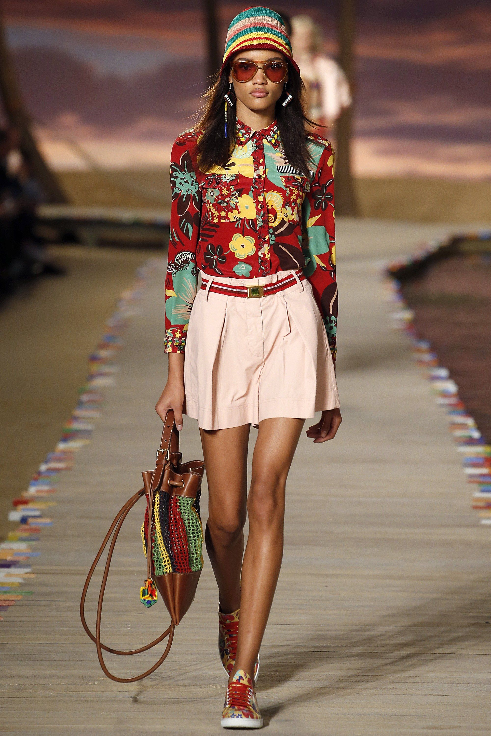 2174e785885 Tommy Hilfiger Spring 2016 Ready-to-Wear Fashion Show - Lameka Fox