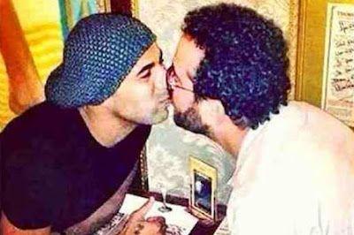 Los besos gay sacuden a Brasil Gerardo Lissardy | BBC Mundo, 2015-05-08 http://www.bbc.co.uk/mundo/noticias/2015/05/150507_brasil_besos_gay_gl