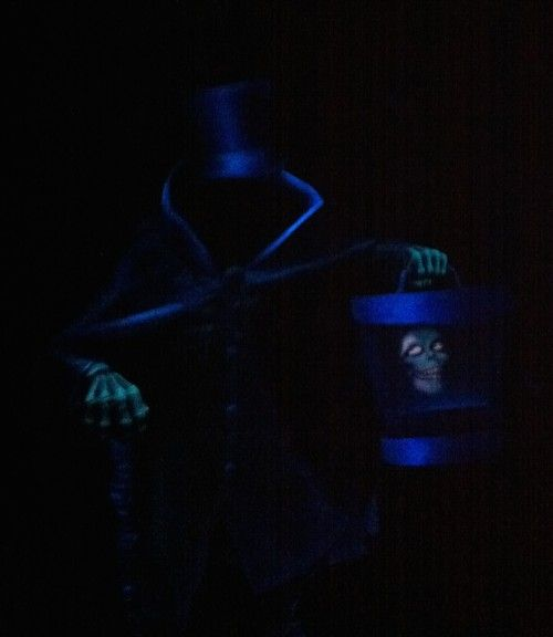The Legendary Hat Box Ghost is Back at the Haunted Mansion! Disneyland Travel Tips and Tricks   MyPaintingShirt.com