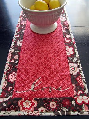 Valentine's Day Reversible Table Runner- quick, easy, and a perfect hostess gift!    http://madewithlove-candice.blogspot.com/2011/02/valentines-day-reversible-table-runner.html