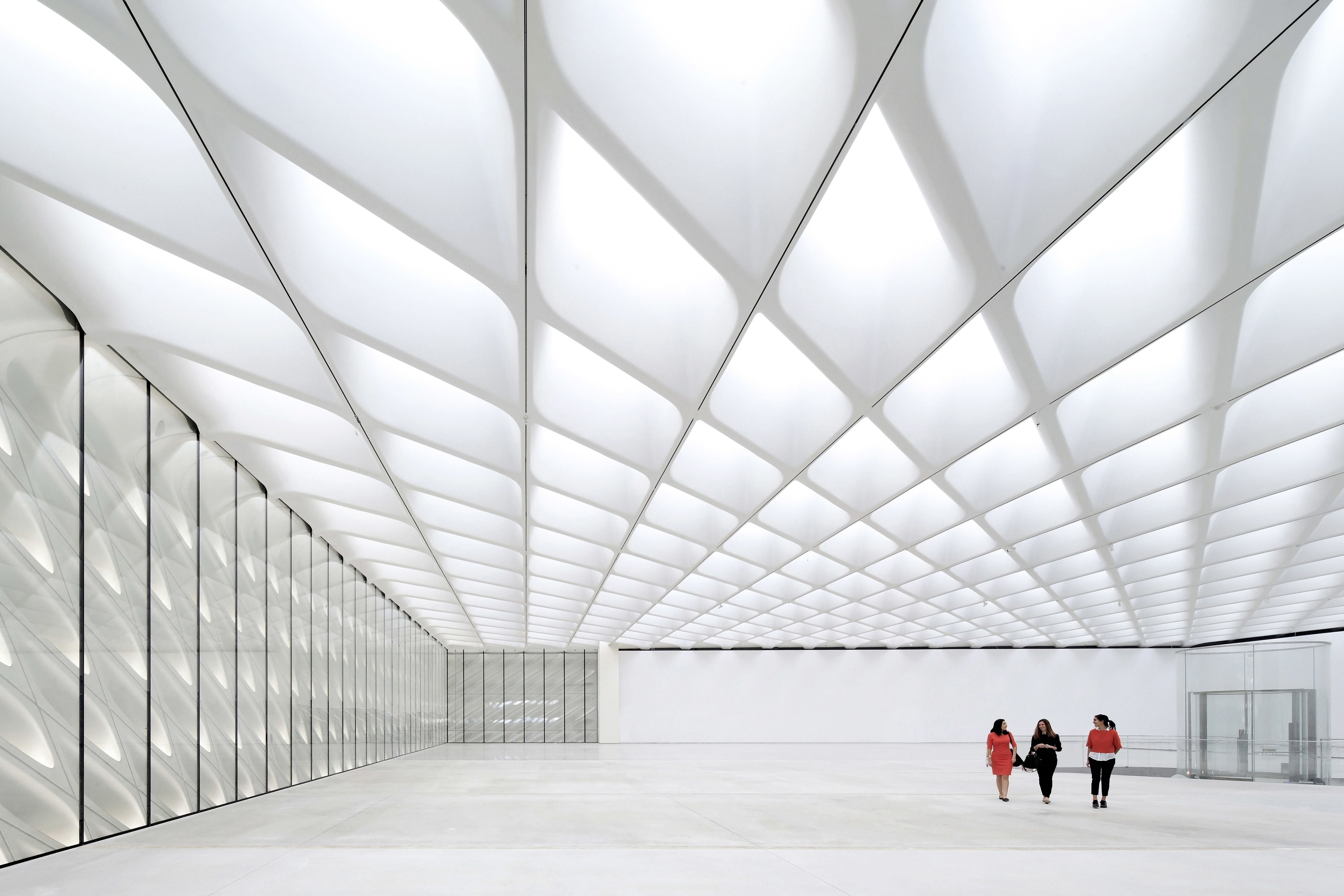 A Sneak Peek At The Broad Museum S Incredible Latticed Concrete The Broad Museum Museum Interior Futuristic Architecture