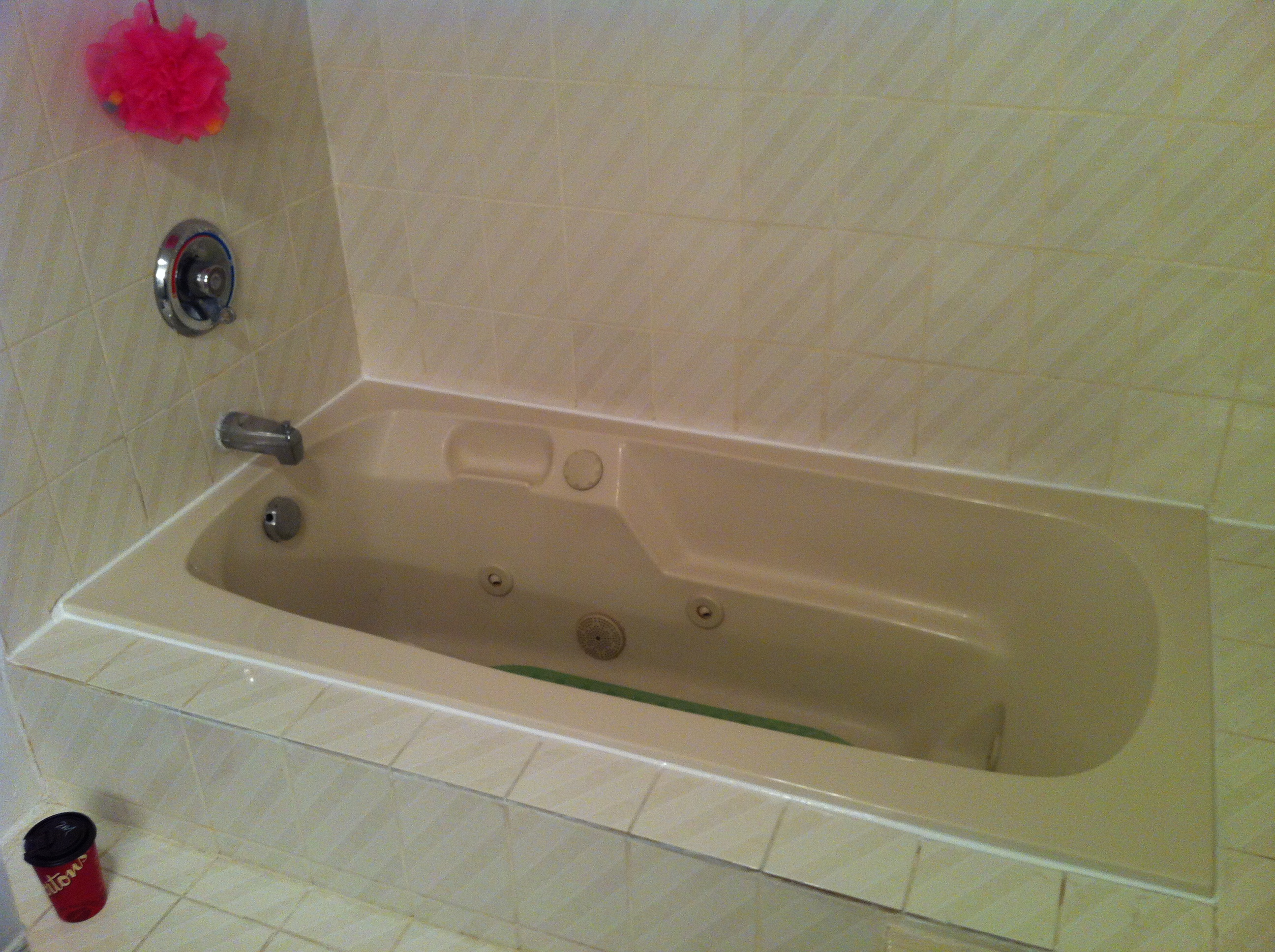 Bathtub Caulking - Pinterest - Bathtubs And Durham